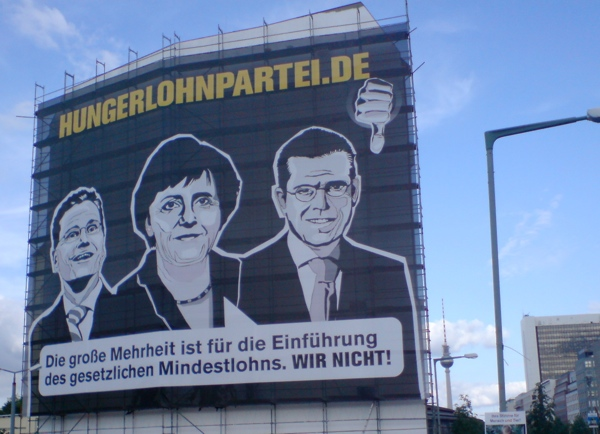 Mindestlohn-Transparent gegenüber dem Reichstag